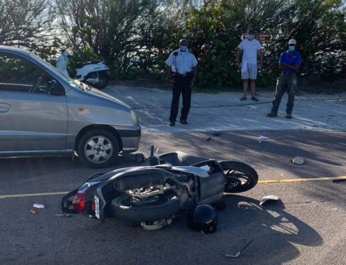 Three hurt in 'serious' crash
